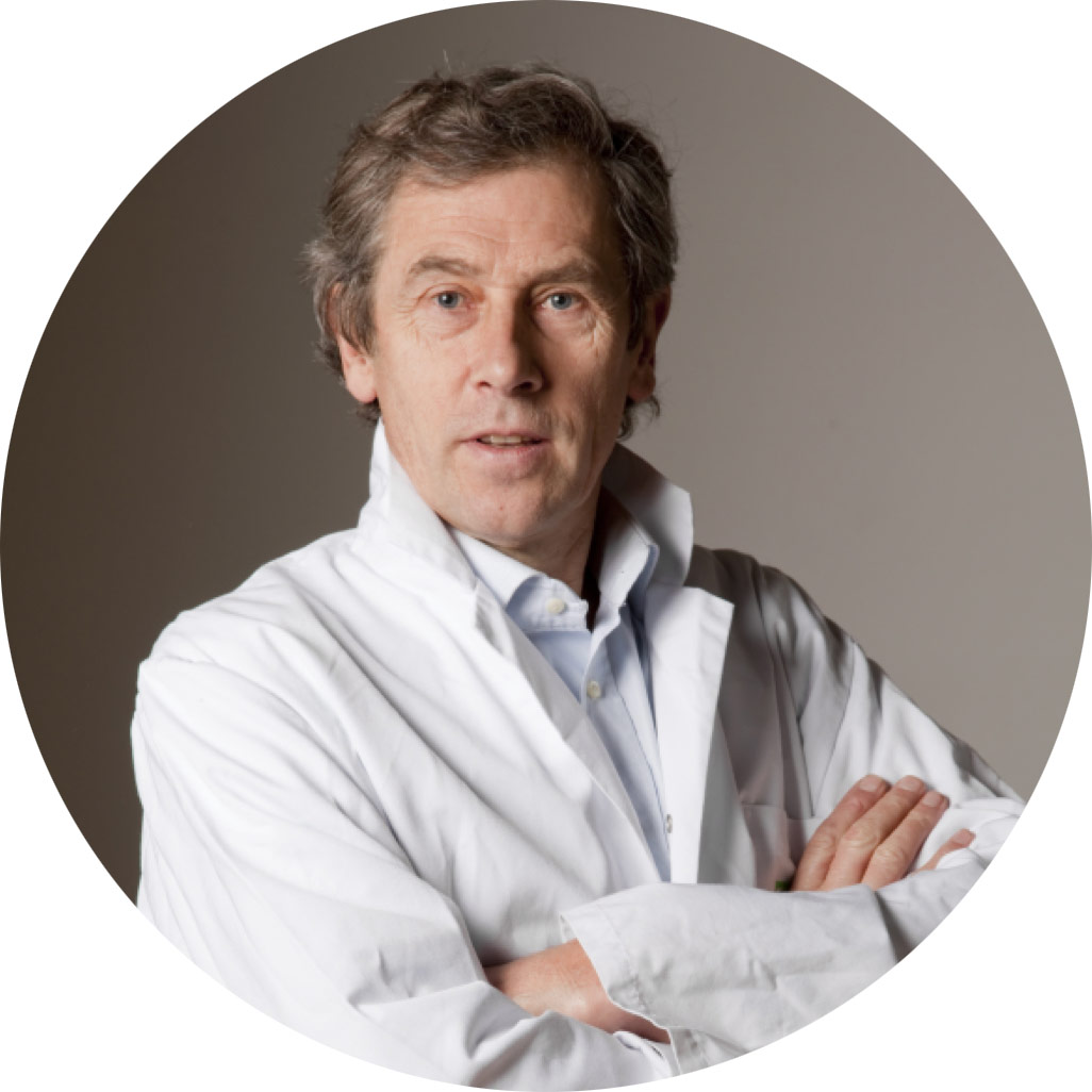 Dr. Eric Cheysson is an expert French surgeon specialized in vascular and thoracic surgery.
